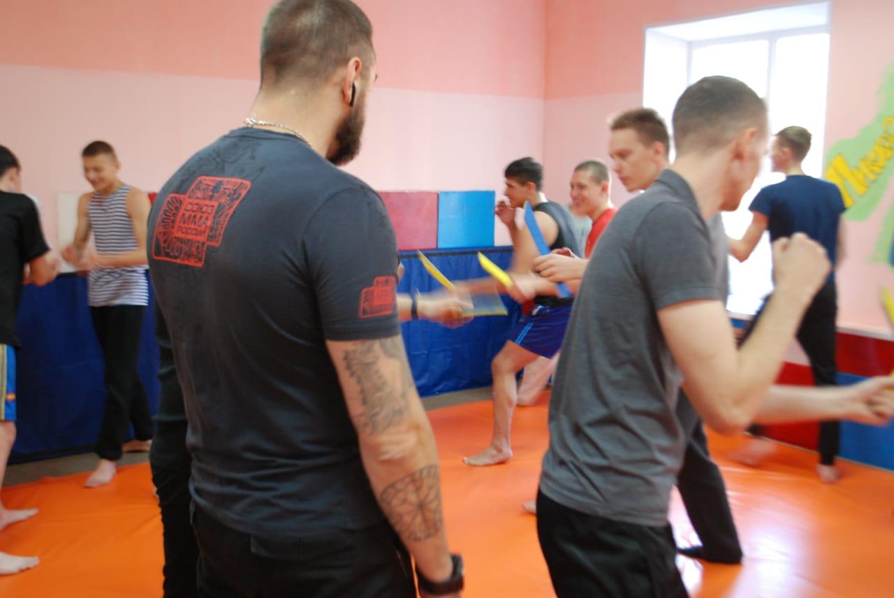 Ножевой бой семинар в ДЮСШ Кемерово
